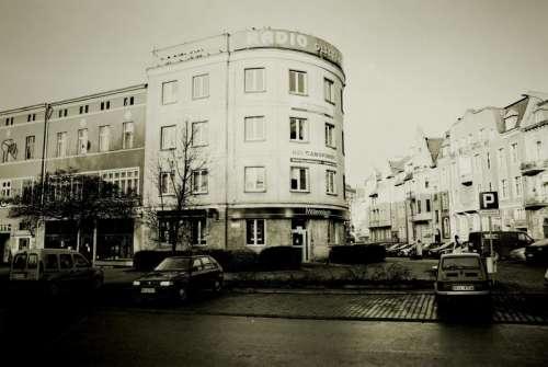 Budynek przy Dąbrowszczaków